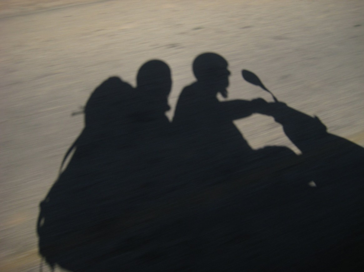 Choupi et Tibal en scooter