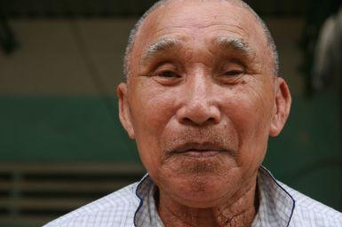 Grand père heureux