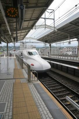 Arrivée du Shinkansen pour partir à Nagoya