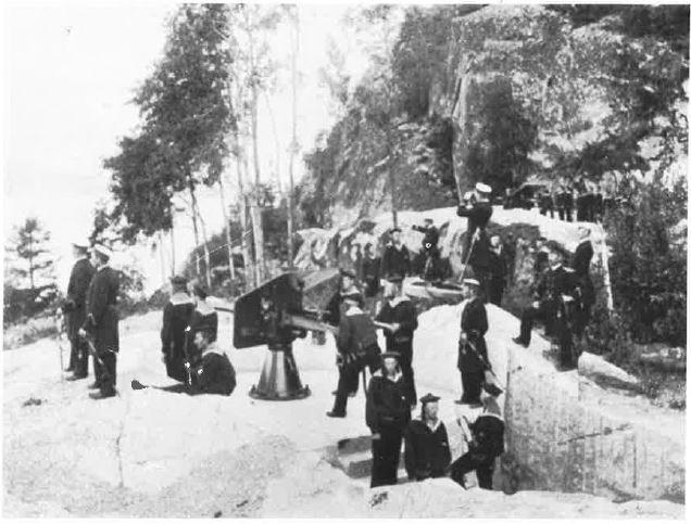 Håøya fort i Vestfjorden var klar til å ta imot svenskene i 1905. Bildet er tatt syv år tidligere.