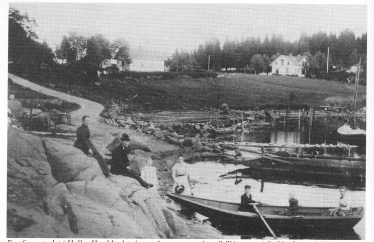 Fra fergestedet i Hella. Her ble det drevet fergeoversetting til Skjærsnes i Stokke fram til 1923.