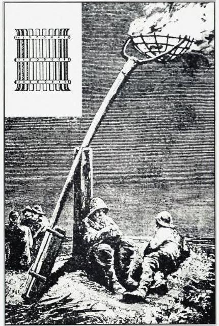 Det er en ganske vanlig oppfatning at det sto et vippefyr på Færder. Disse innretningene var imidlertid sjeldne i Norge. Det opprinnelige 'fyret' på Færder var en jernkurv som sto rett på fjellet (Som vist oppe i venstre hjørne av bildet.) Etter gammelt dansk Xylografi.