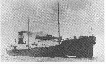 De norske handelsskipene fikk etterhvert bevæpning, også «Morgenen». Skyttere fra Sjøforsvarets skytteravdeling betjente kanonene.