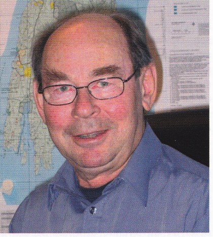 I løpet av 25 år har Nøtterøy Historielag hatt god kontinuitet i sitt lederskap med bare tre formenn, fra toppen John M. Hovland (19791990), Terje Fr. Gulbrandsen (1990-1997) og Thore Holm (1997- ).
