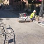 Tallat per obres de pavimentació el carrer d'Alella