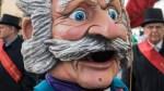 L'Home dels Nassos recorre Nou Barris per acomiadar el 2018