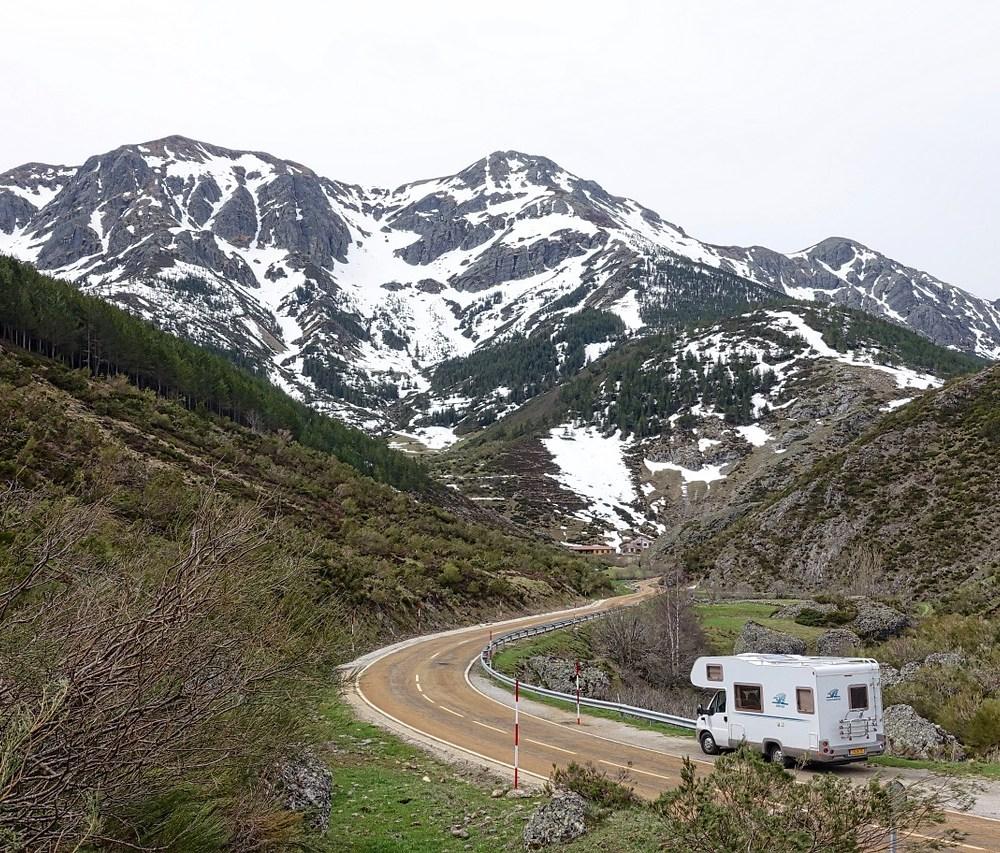 Caravanas, furgos y autocaravanas: ¿conoces las diferencias?
