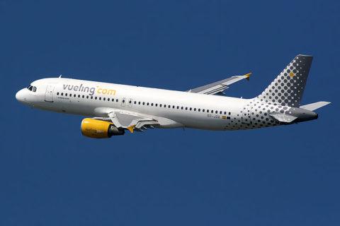 Imagen de archivo de un avión de Vueling. Foto: FlightReal (Wikipedia)