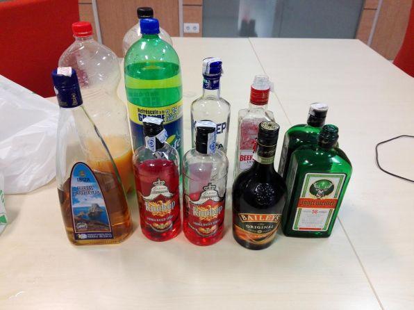 Imagen de archivo de botellas requisadas durante un 'botellón'