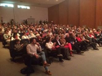 La presentación de Sánchez no llenó el auditorio, con capacidad para 250 personas. Foto: L.A.