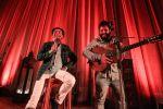 Toni Zenet y El Kanka, interpretando 'Volar'. Foto: Toni Escobar