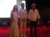 El alcalde de Vila junto a los galardonados con las Medallas de Oro de la ciudad