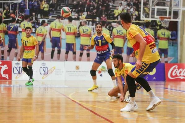 Imagen de un partido de Liga. Foto: Toni Escobar