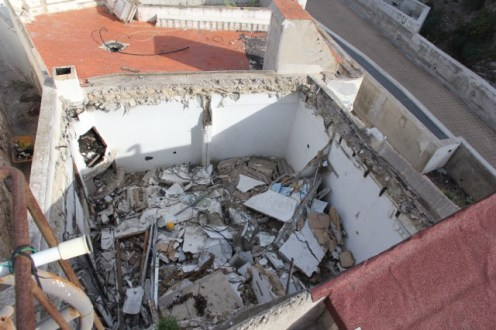 La basura acumulada en una casa expropiada en sa Penya.