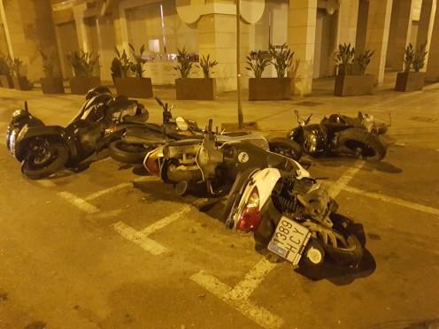 Detenido por daños a motos aparcadas en Vila.