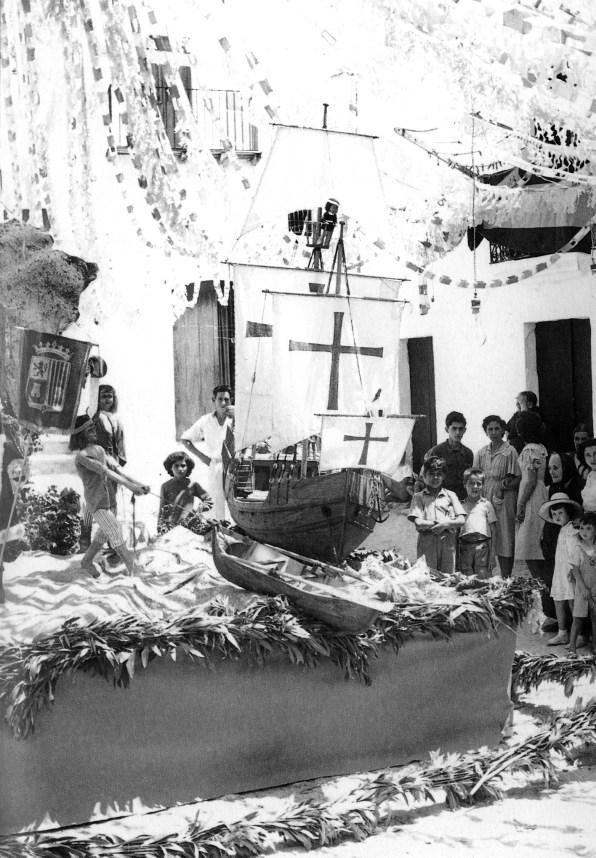 Falla instalada en la plaza de sa Drassaneta. Primer Premio de 1950. Foto: Jean Selz