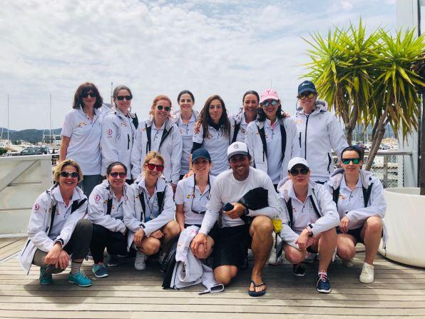Foto de grupo de las participantes
