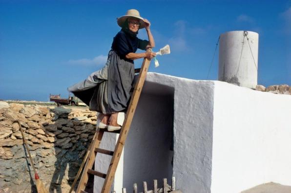 Melba Levick cedeix part del seu fons fotogràfic a Formentera