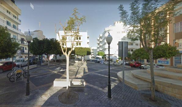 Plaza s'Era den Manyà en Sant Antoni. Foto Google.