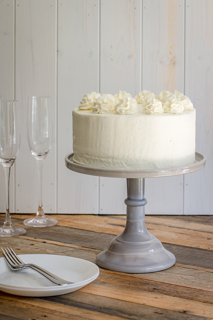 Champagne layer cake | Tender, sweet champagne-infused cake with champagne buttercream frosting, perfect for any celebration! #cake #champagne #engagement #newyears