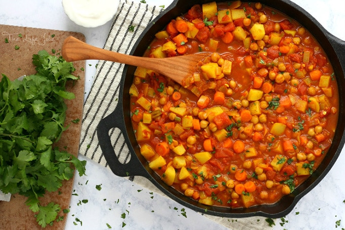 Moroccan chickpea stew - thelifejolie.com
