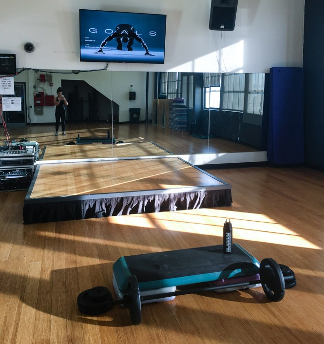 Les_Mills_Virtual_Bodypump_Class_at_Bladium_Fitness_Setup