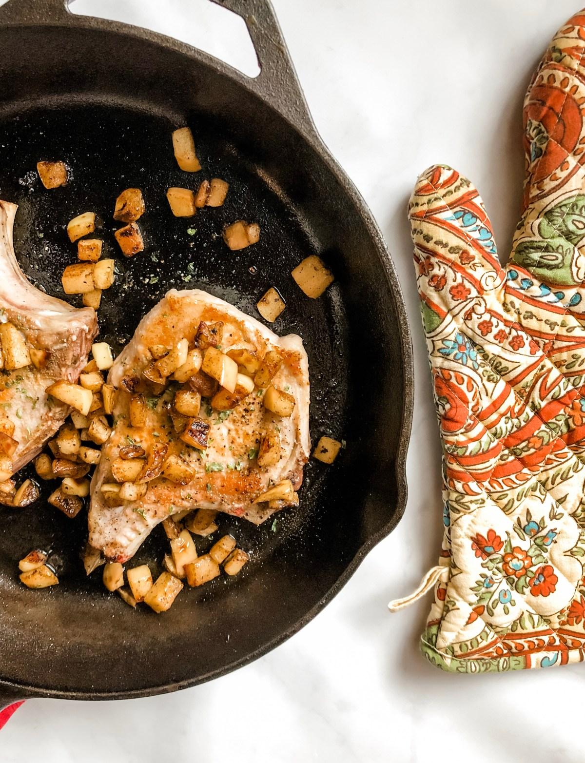 Skillet Pork Chops with Cinnamon Apples