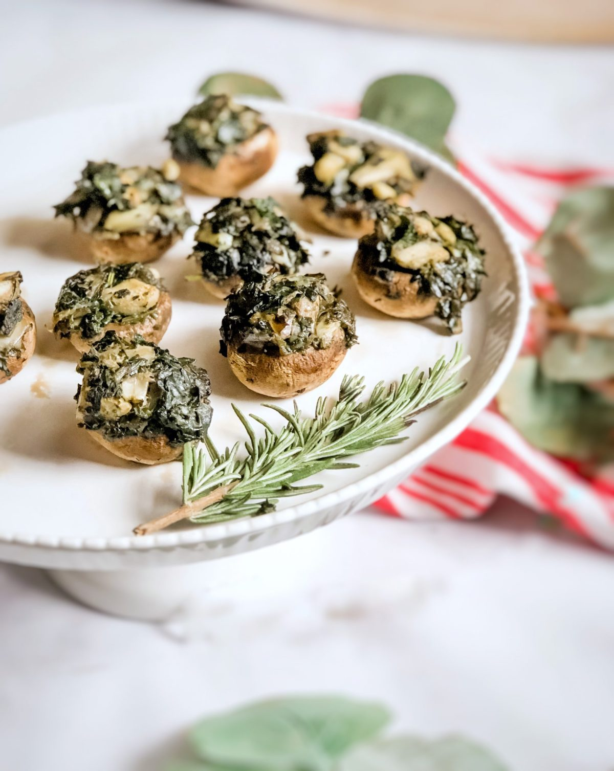 Paleo Spinach Artichoke Stuffed Mushrooms