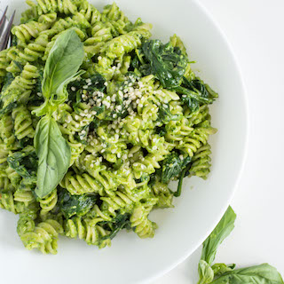 Spinach Pesto Pasta with Basil and Goat Cheese