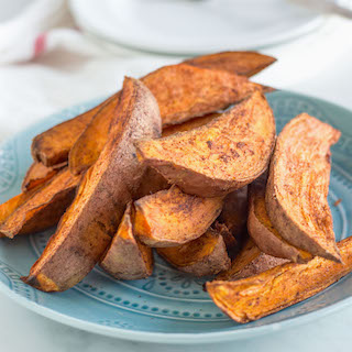 Spicy Roasted Sweet Potato Wedges