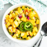 Easy Peach Salsa with Jalapeño