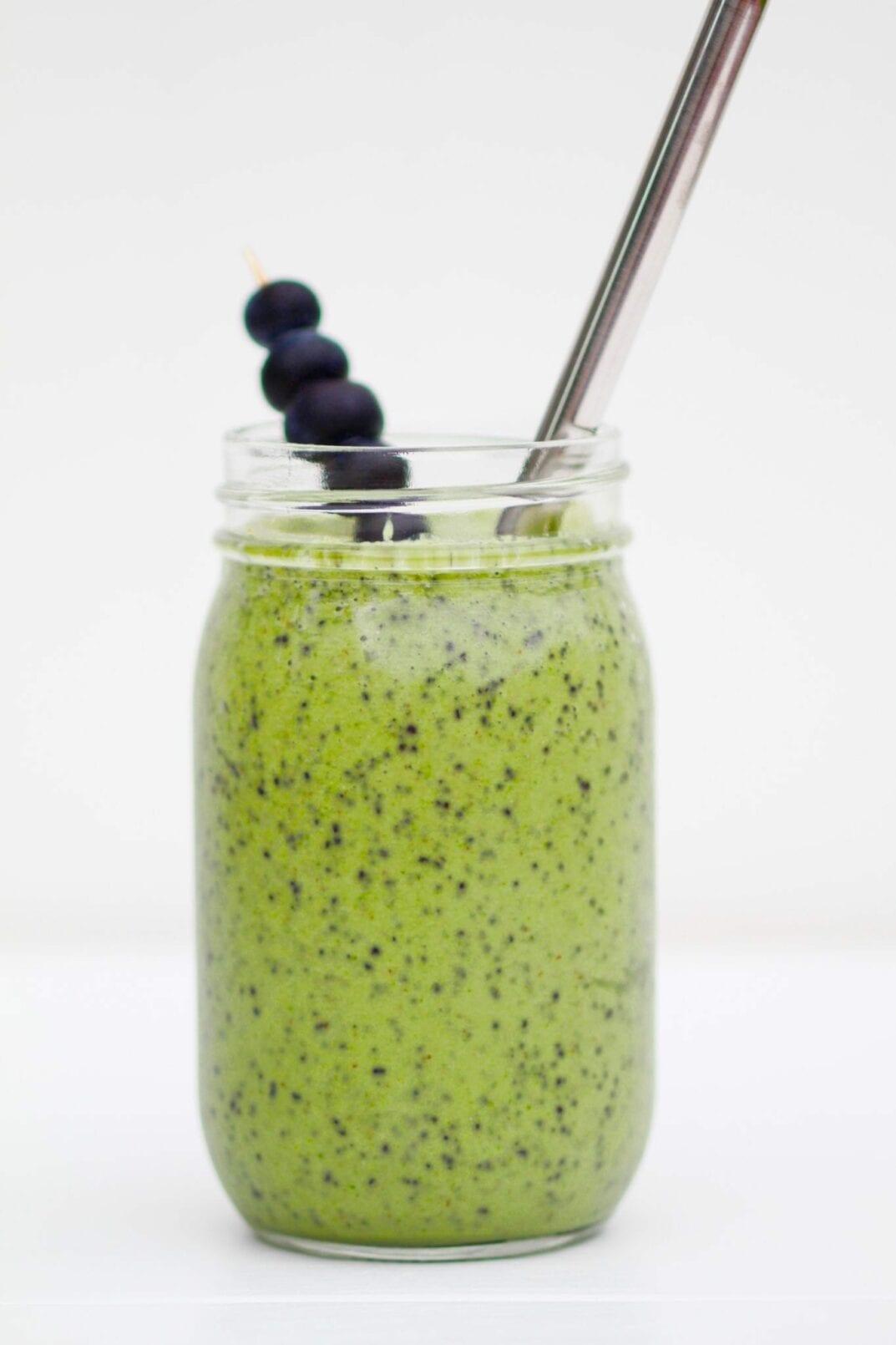 Blueberry + Hemp Green Smoothie