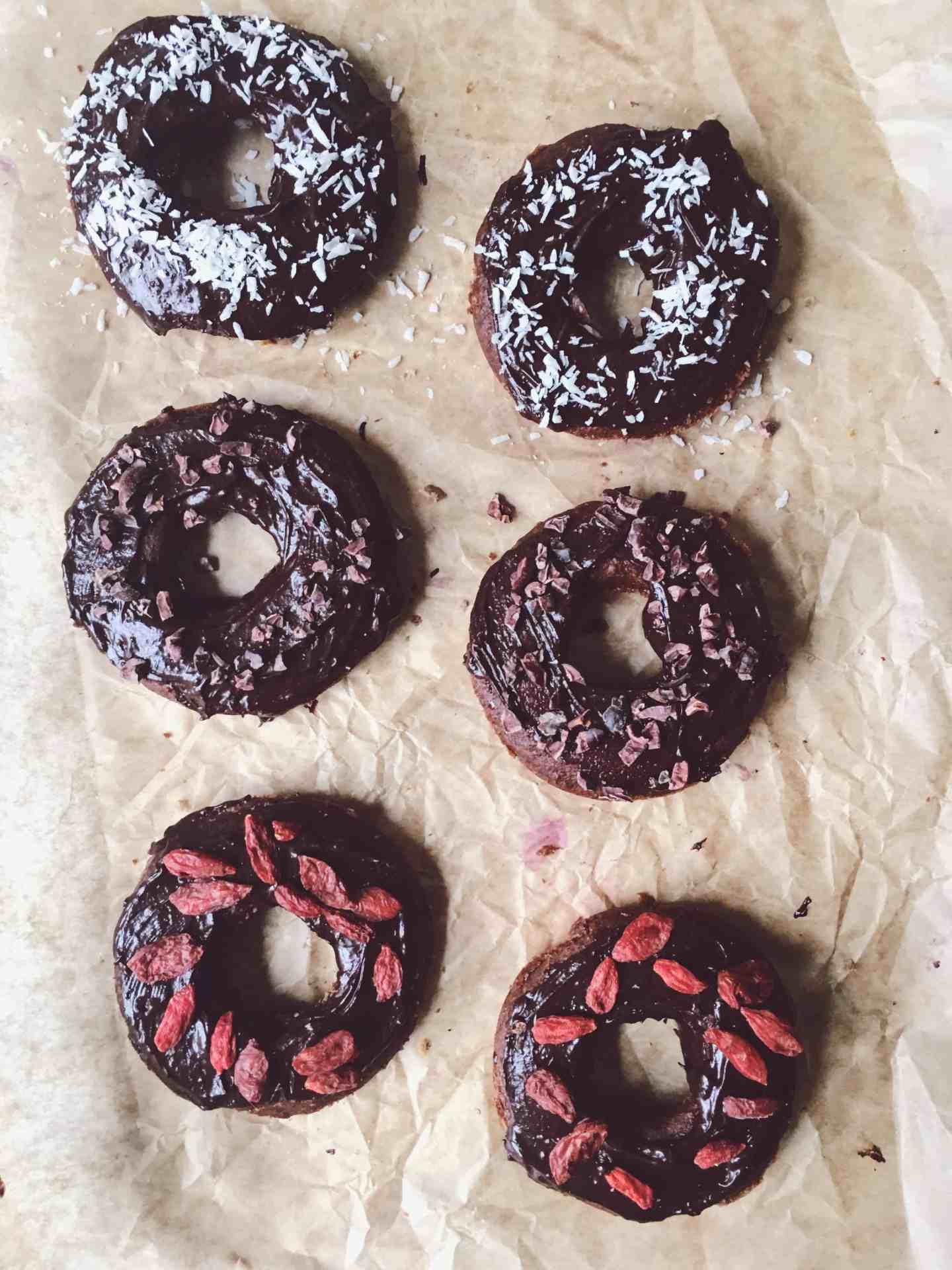 chocolate baked doughnuts recipe- gluten free + vegan