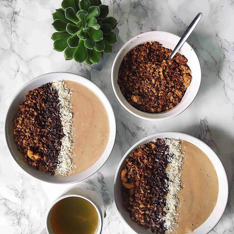 Coconut and Cashew Granola Recipe
