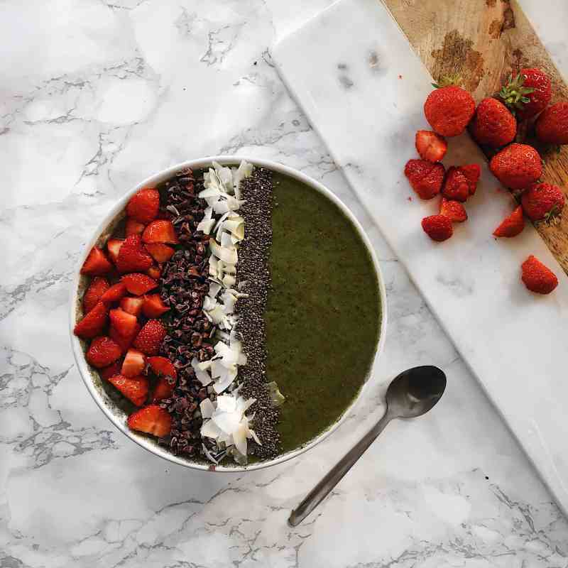 Mint Chocolate Chip Smoothie Bowl