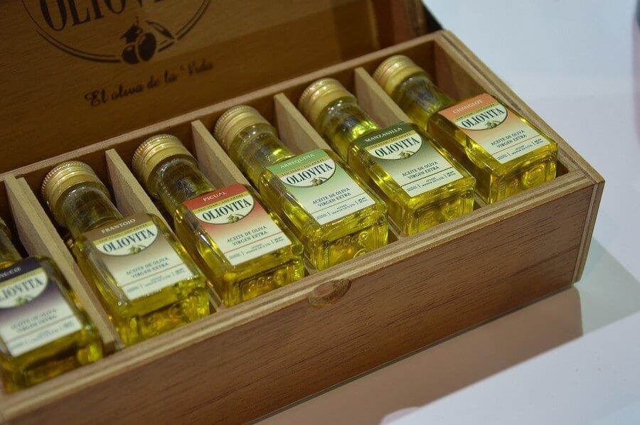 choisir son huile d'olive dans de petits contenants