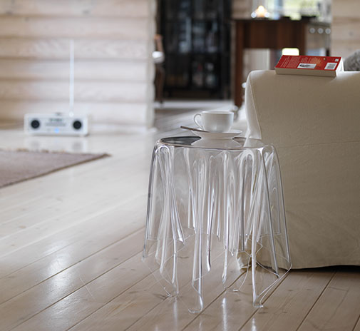 Essey Illusion Cear Side Table In Acrylic Essey Illusion Table