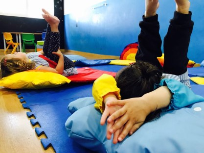 yoga para peques en Novainfancia
