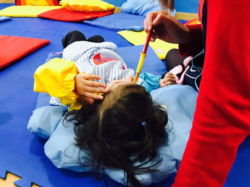 Los niños trabajan mucho con sus emociones