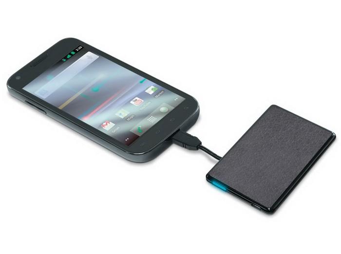 Запасной аккумулятор для мобильного телефона