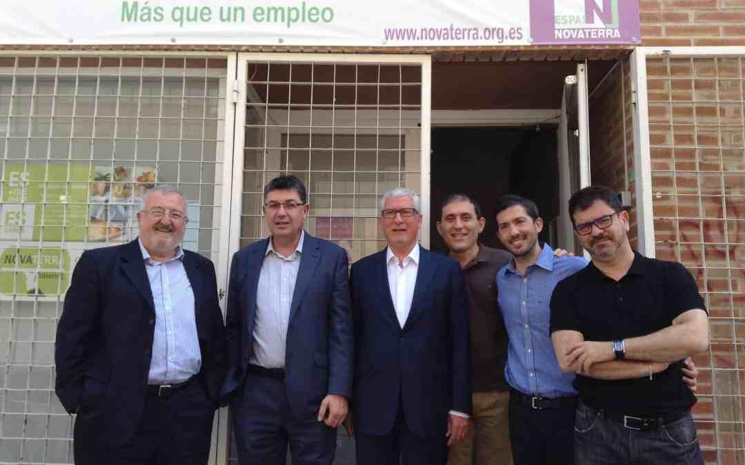 """Enric Morera: el treball que esta fent  Novaterra per a garantir el futur i la dignitat de moltes persones és importantíssim y ha de comptar amb el suport de totes les institucions""""."""