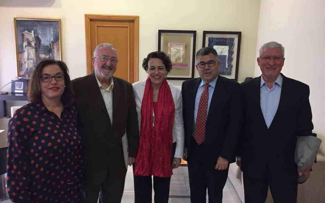 Novaterra presenta los resultados del Reinicia´t a la Ministra de Trabajo Magdalena Valerio