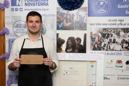Gala-gastronomia-solidaria-novaterra-rifa-Ma-Khin-cafe