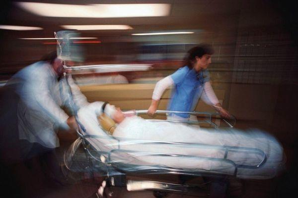 Firenze, donna muore a 51 anni al pronto soccorso