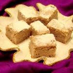 RASPBERRY GREEK YOGURT POPPY SEED CAKE