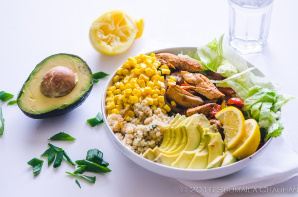 Chicken Fajita Quinoa Bowl | The Novice Housewife