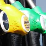 Benzin za mesec dana poskupeo više od šest dinara