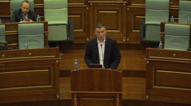 "Priština: Usvojena rezolucija o ""Genocidu Srbije na Kosovu"""