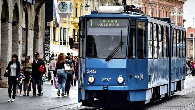 Korona virus: U Srbiji 97 registrovanih slučajeva - privremeno obustavljeni putnički letovi