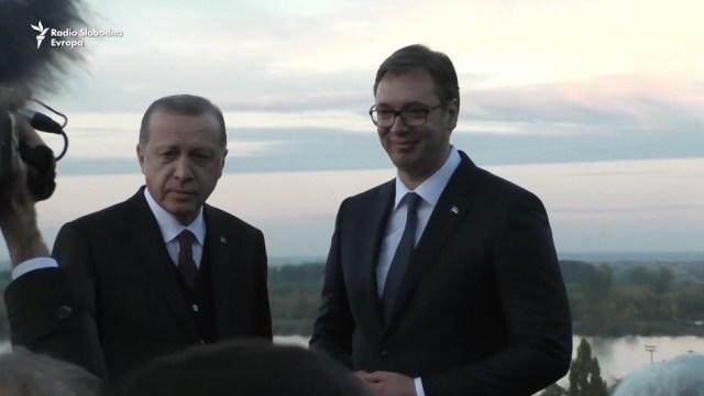 Vučić i Erdogan razgovarali telefonom. Erdogan podržao politiku predsednika Srbije